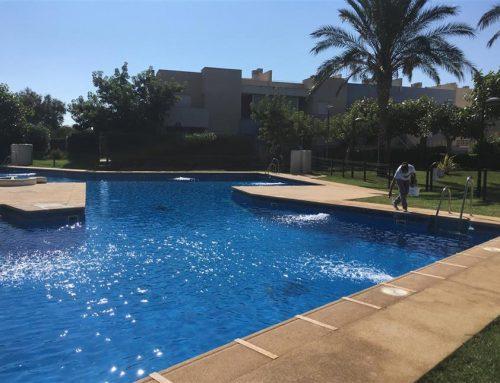 Limpieza de piscina y tratamiento del agua